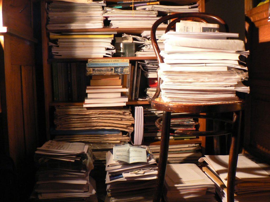 """El problema de los """"documentos sueltos"""". La elaboración de un Índice General para manuscritos, impresos y fotografías."""